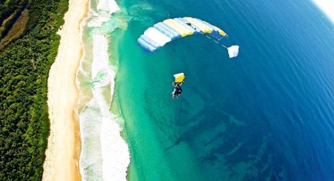 雪梨高空跳傘 - 臥龍崗(Wollongong)