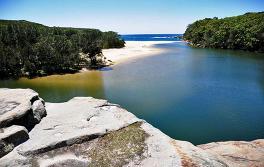 瓦特模拉海灘(Wattamolla Beach),雪梨南部